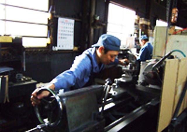 油圧シリンダーのメンテナンス